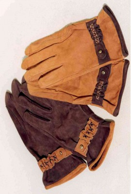 woman gloves