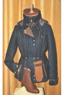 Coat New Victoria